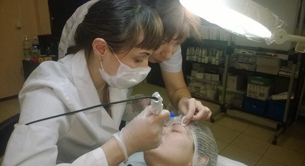 Новая программа обучения мастеров перманентного макияжа