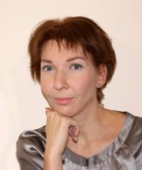 Регина Савинова, сертифицированный тренер-преподаватель Академии перманентного макияжа PUREBEAU